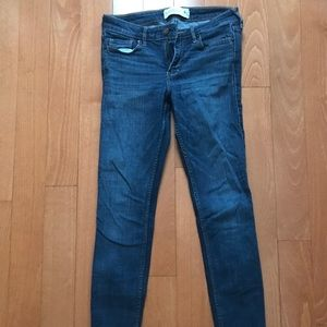 Abercrombie & Fitch Skinny Jean Size 4 Short
